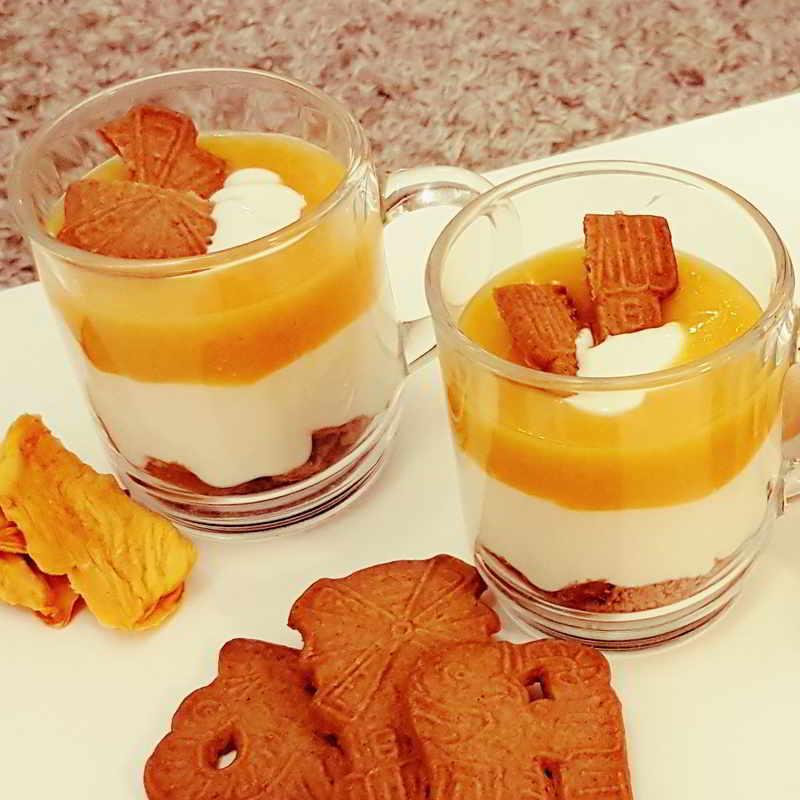 Getrocknete Mangos Online Kaufen, Joghurt-Mango-Schichtdessert